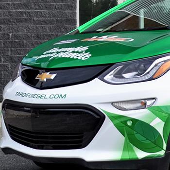 Lettrage d'un véhicule blanc pour Tardif Diesel